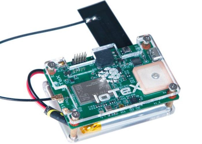 Pebble-Tracker-cellular-IoT